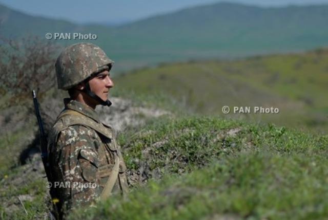 Խաղաղ ծառայություն մեր զինվորներին. ՀԱԱՀ-ի ռեկտոր Վարդան Ուռուտյանը շնորհավորում է Ագրարայինի ուսանող զինվորներին