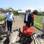 ՀԱԱՀ-ի Շիրակի մասնաճյուղը բարեգործական ծրագրի շրջանակում գյուղտեխնիկա և գործիքներ է ստացել